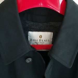 Bill Blass NWT black teflon trench coat